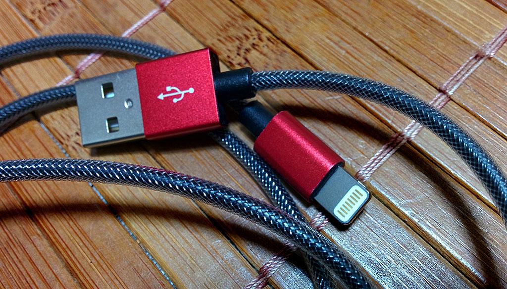 PET素材で耐久性に優れたMFI認証済Lightningケーブル「Aukey USB Sync & Charging Cable CB-D24」レビュー