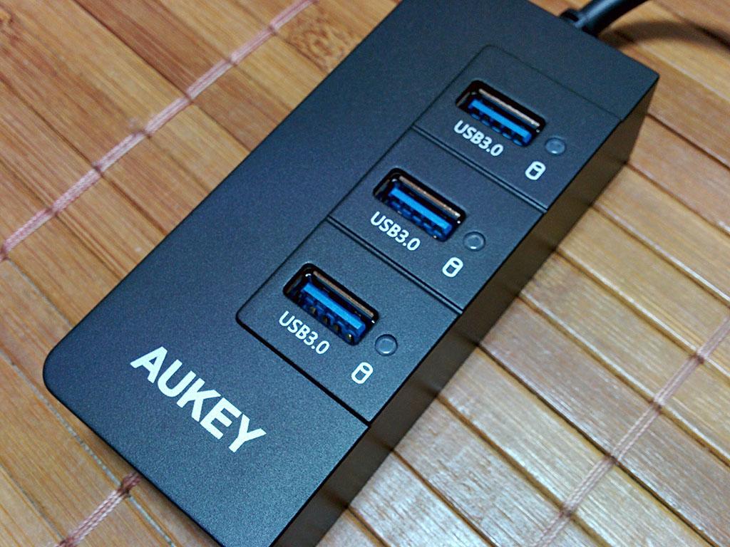 有線LANにも対応した3ポートのUSB3.0対応ハブ「Aukey CB-H15」レビュー