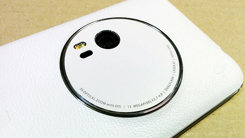 光学3倍ズーム搭載のSIMフリースマホ「Asus ZenFone Zoom(ZX551ML)」レビュー