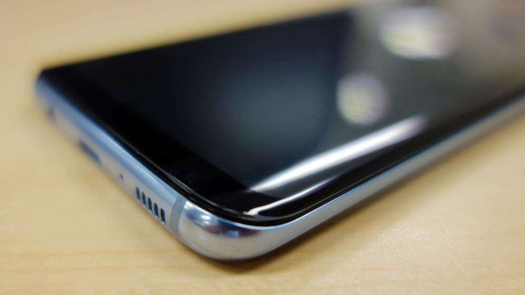 Galaxy S8の曲面液晶を守る「BEGALO 全面ガラスフィルム」を購入。側面までカバーする完璧な商品でした
