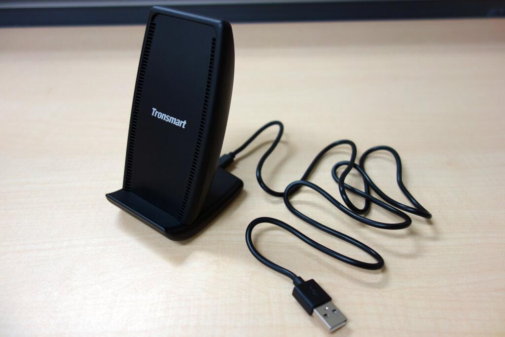 最大10Wの急速充電に対応したワイヤレス充電器「Tronsmart Air Amp」レビュー。冷却ファン付きで効率よく充電できる