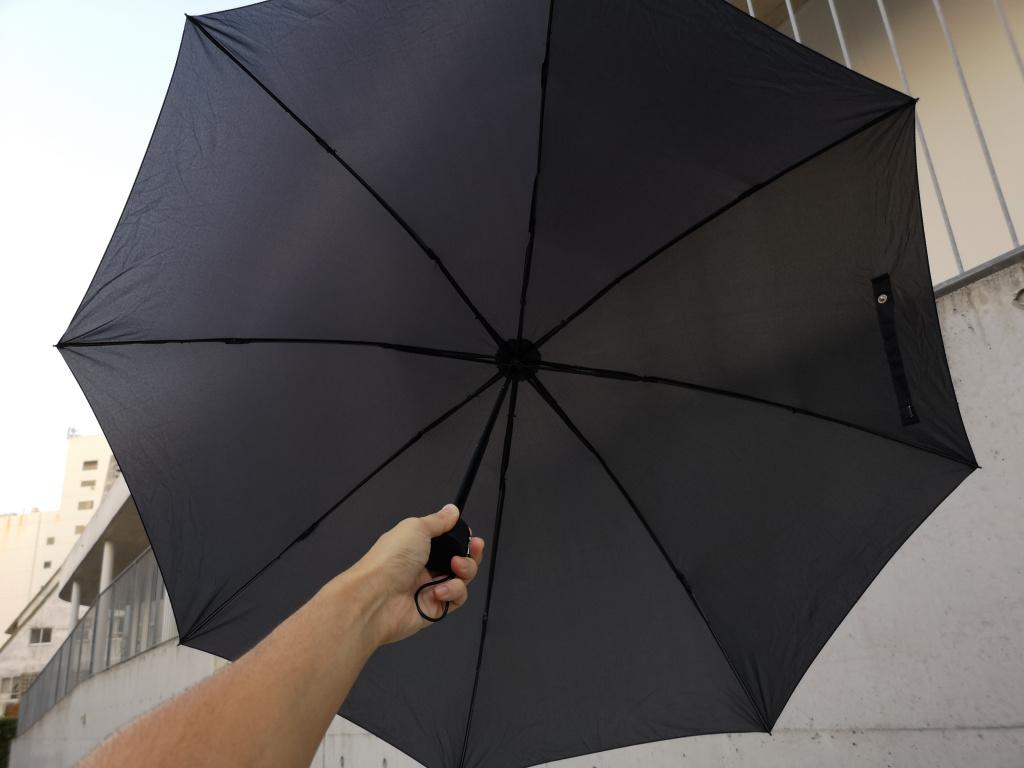 185gの軽量折りたたみ傘「煌 -kirameki-」レビュー。コンパクトなのに大きく使えるサイズが魅力的